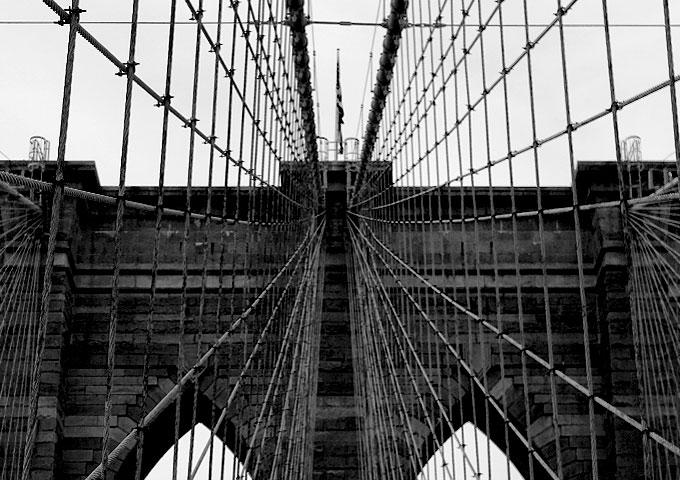 Schwarz-Weissbild New York, Brooklyn Bridge