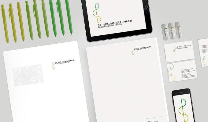 Corporate-Design: Kugelschreiber, Visitenkarten, Briefpapier von Praxis Dr. Dahlen