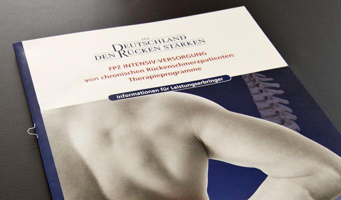 Broschüre INTIV Titelseite