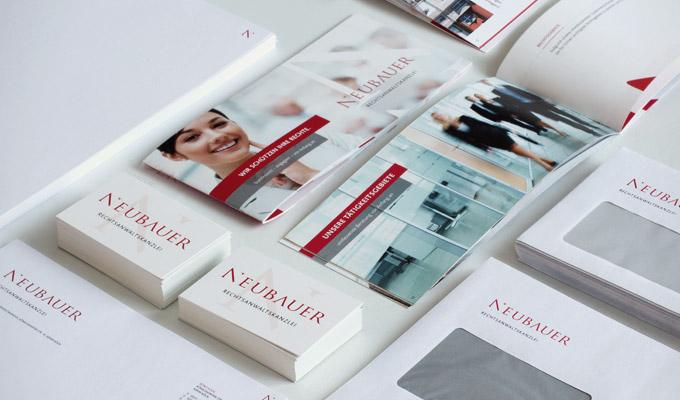 Print Neubauer, Visitenkarten, Briefpapier, Briefumschläge, Imagebroschüre auf einen Blick